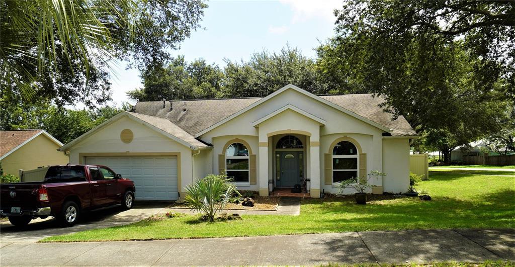 823 Palm Forest Lane Property Photo 1