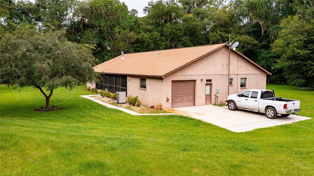 1760 Cr 753s Property Photo