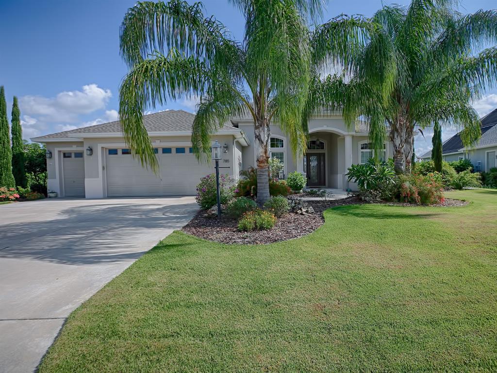 785 Iron Oak Way Property Photo 1
