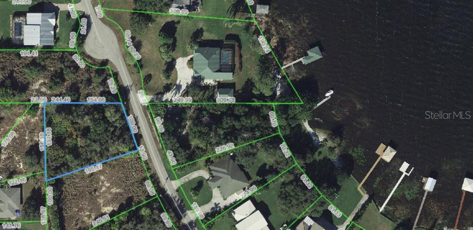 241 S HUNTLEY DR Property Photo - LAKE PLACID, FL real estate listing