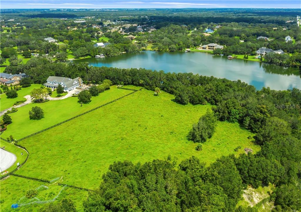 505 CANTERWOOD DRIVE Property Photo - MULBERRY, FL real estate listing