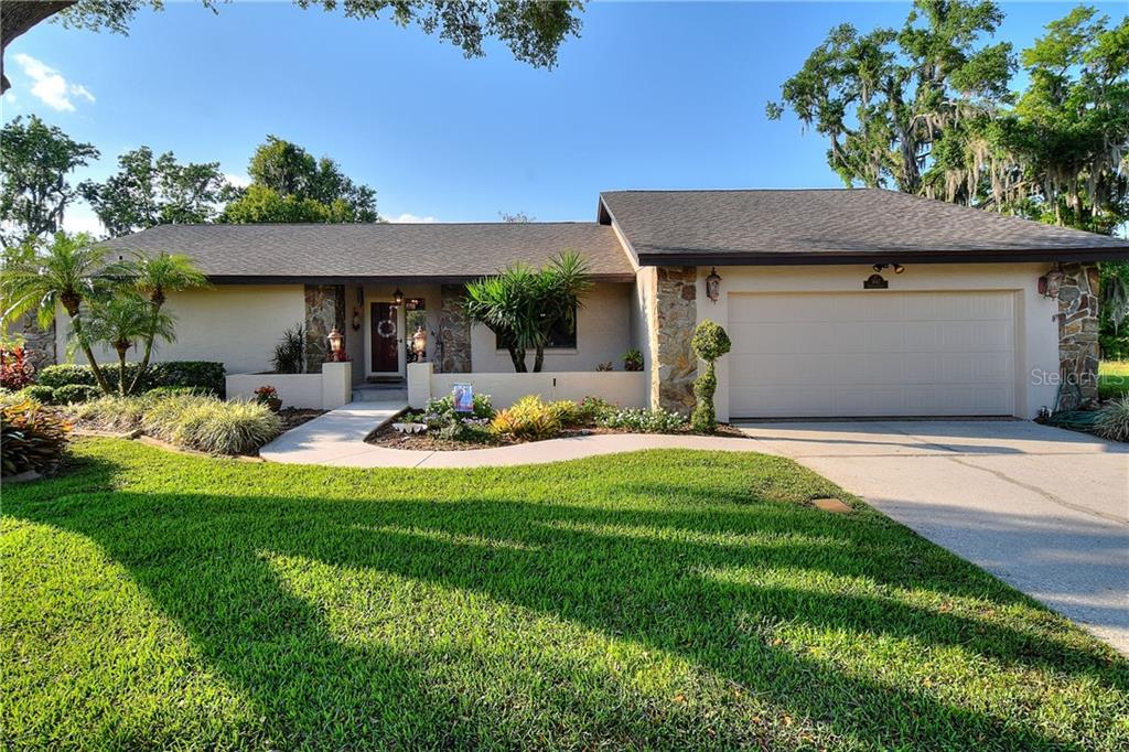 3647 TIGEREYE COURT Property Photo - MULBERRY, FL real estate listing