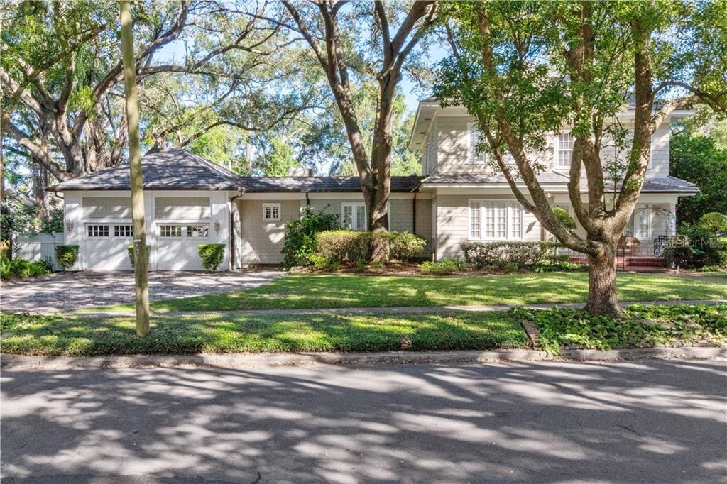 221 W Palm Drive Property Photo