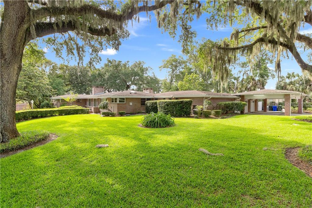 206 COURTLAND CIR Property Photo - LAKELAND, FL real estate listing