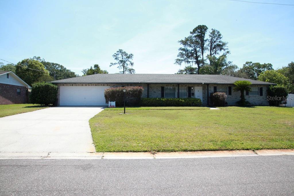 2204 Allen Dr Property Photo