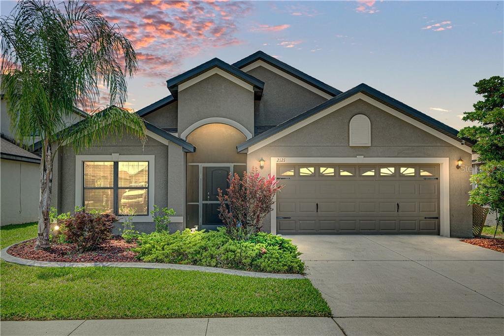 2121 GENEVA DR Property Photo - LAKELAND, FL real estate listing