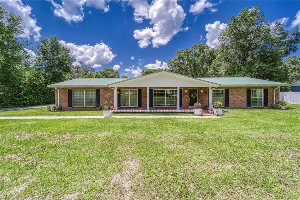 3028 FOREST DRIVE Property Photo - LAKELAND, FL real estate listing