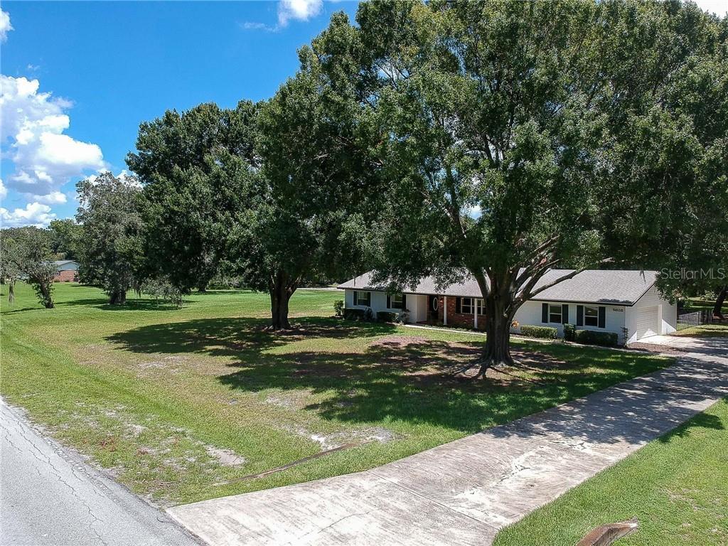 5818 LAUREL OAK DRIVE Property Photo - LAKELAND, FL real estate listing