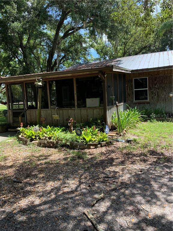 3306 N Combee Road Property Photo