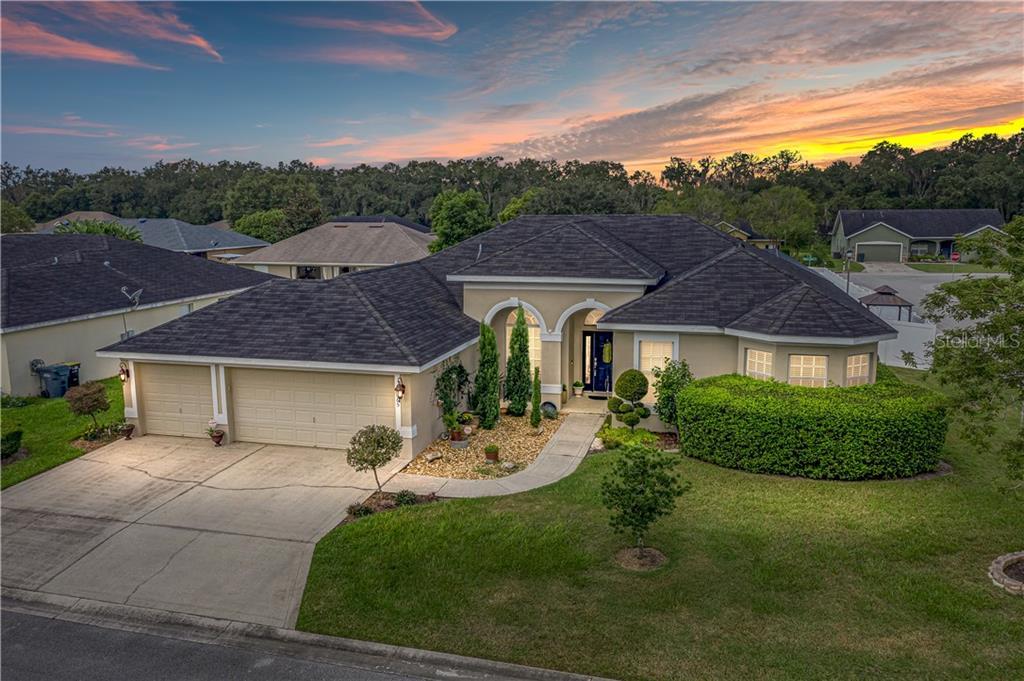 5265 HIDDEN OAKS DRIVE Property Photo - LAKELAND, FL real estate listing