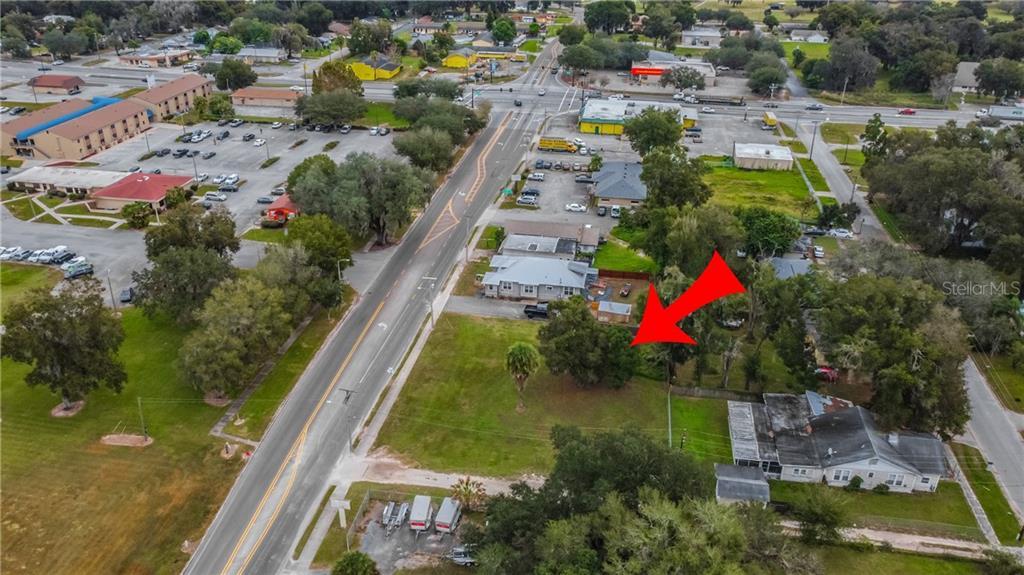 1225 E Main Street Property Photo