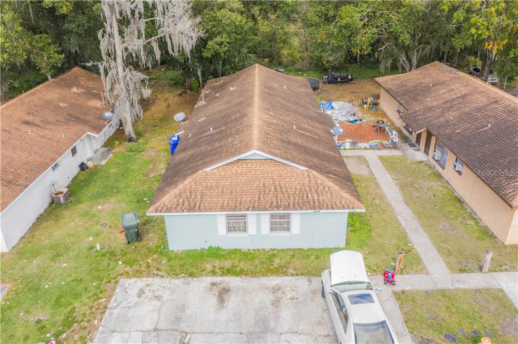 2493-2495 CHESTNUT WOODS DRIVE Property Photo - LAKELAND, FL real estate listing