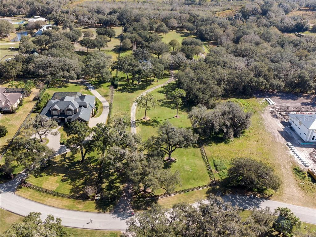 255 CANTERWOOD LANE Property Photo - MULBERRY, FL real estate listing