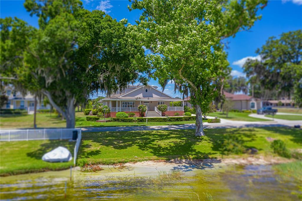 2128 Lake Ariana Boulevard Property Photo 1