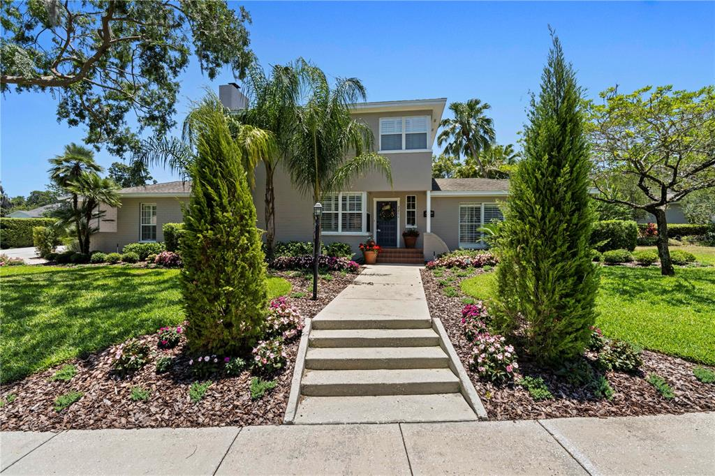 221 Kenwith Court Property Photo
