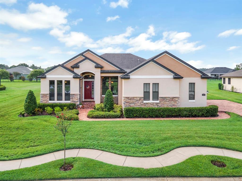 3893 Grandefield Circle Property Photo