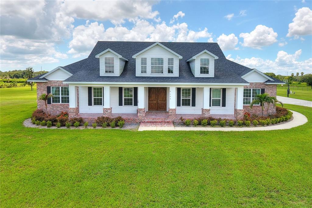 6105 Dubois Road Property Photo 1