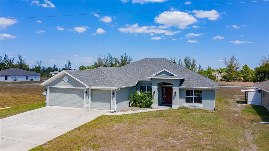 3743 Ne 16th Ave Property Photo