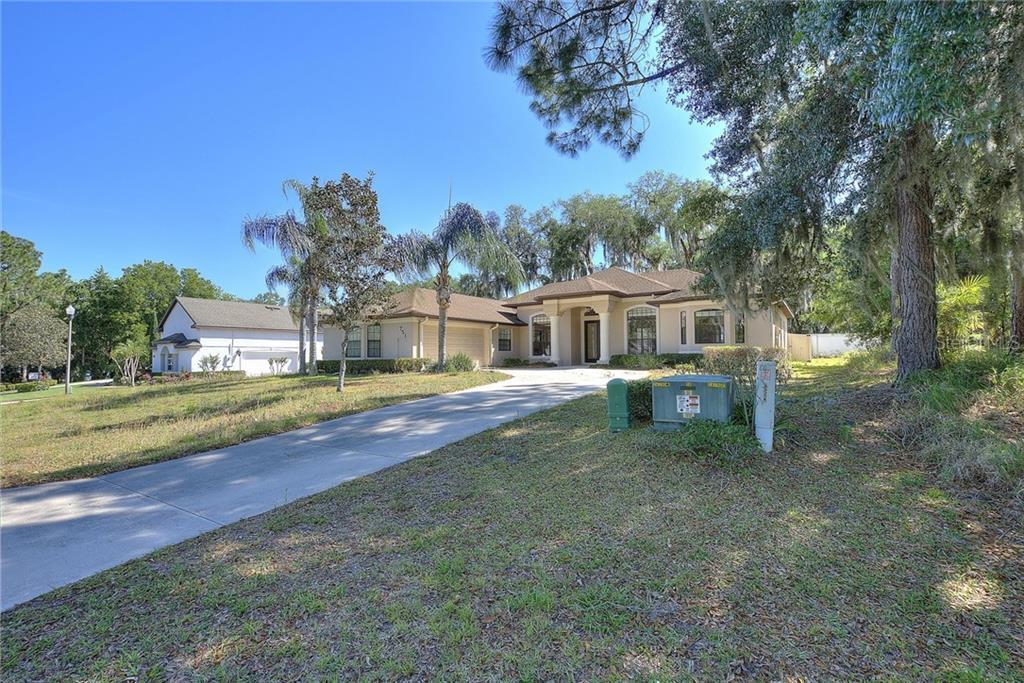 751 OAKS SHORES RD, LEESBURG, FL 34748 - LEESBURG, FL real estate listing