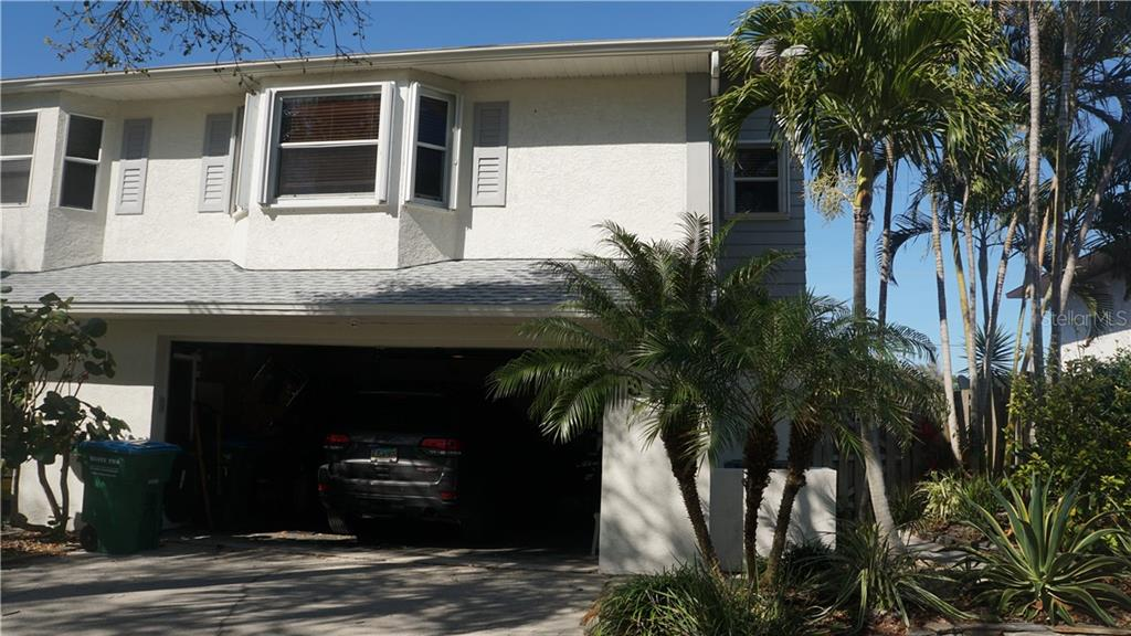 318 LINDSEY CT Property Photo - CAPE CANAVERAL, FL real estate listing