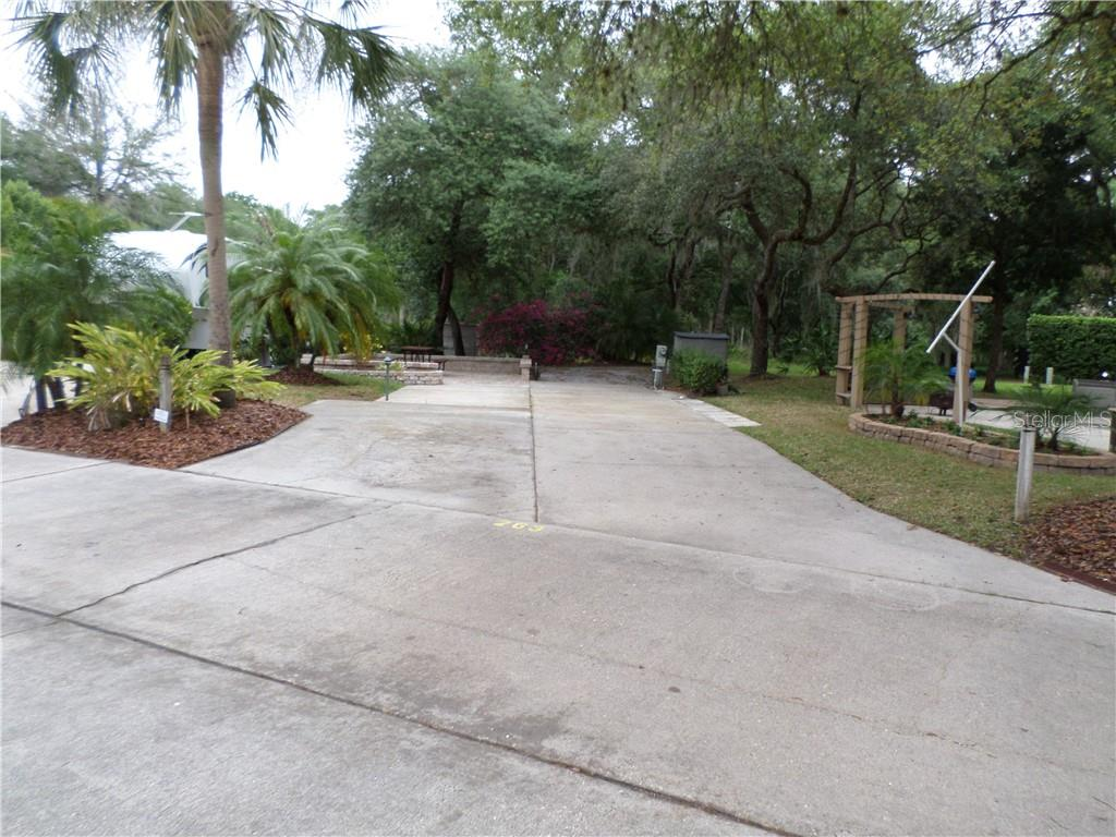 263 SADDLE LN, RIVER RANCH, FL 33867 - RIVER RANCH, FL real estate listing