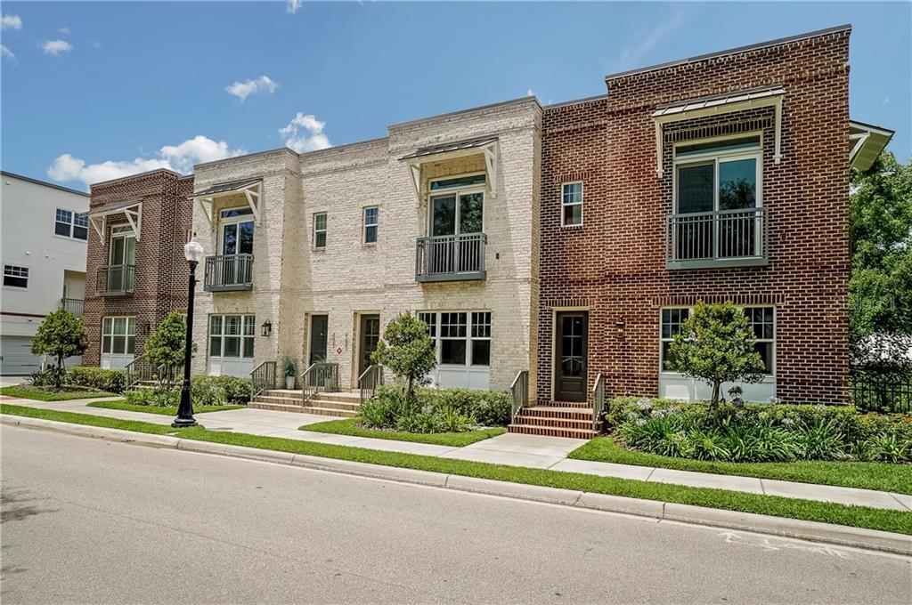 467 W Smith St Property Photo