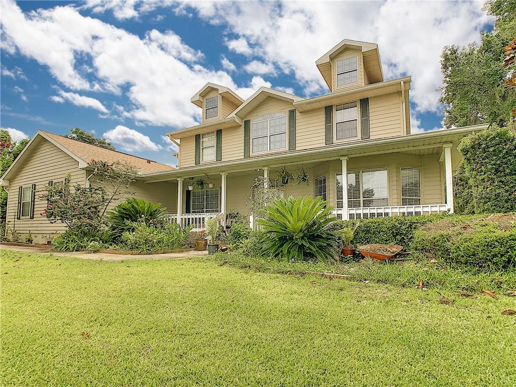 8955 Silver Lake Dr Property Photo