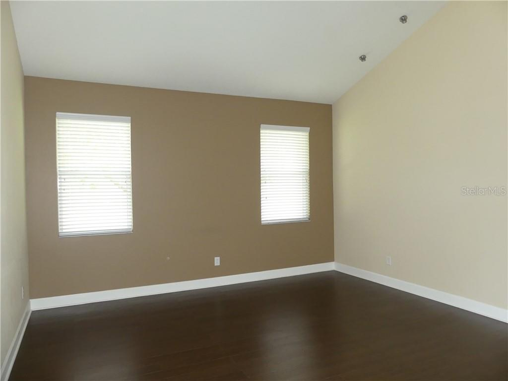 14824 Cableshire Way Property Photo 10