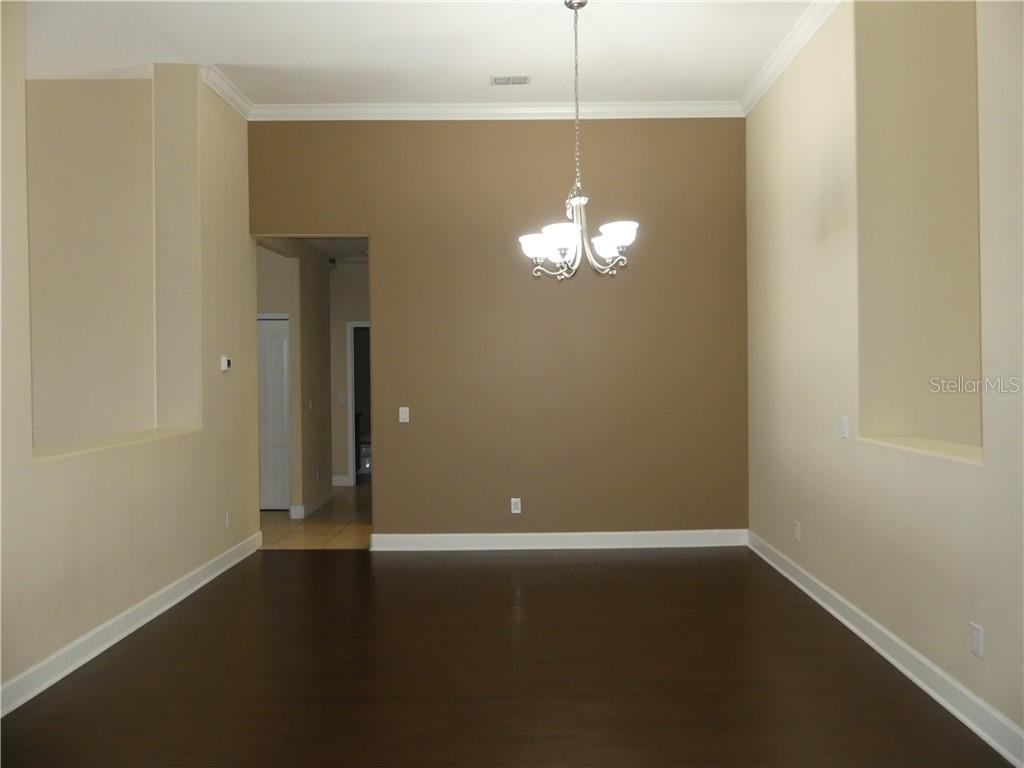 14824 Cableshire Way Property Photo 11