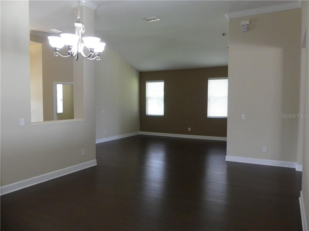 14824 Cableshire Way Property Photo 14