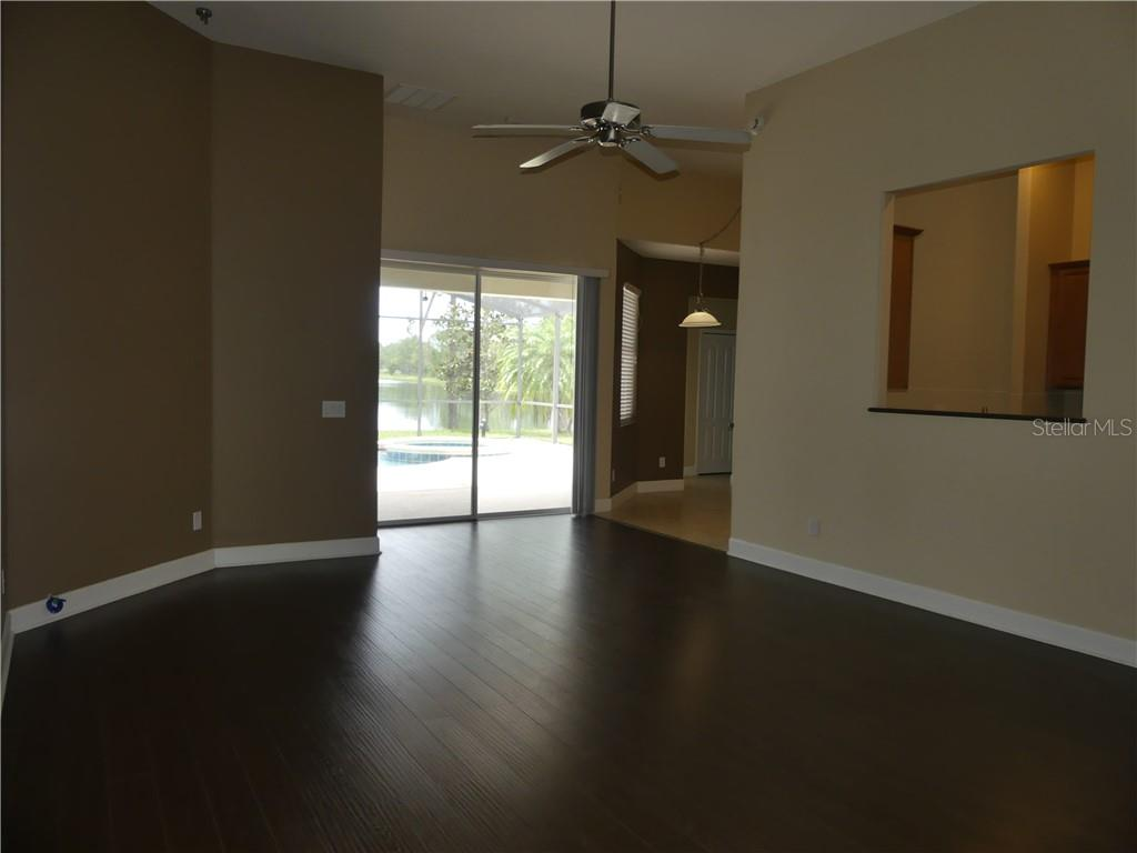 14824 Cableshire Way Property Photo 16