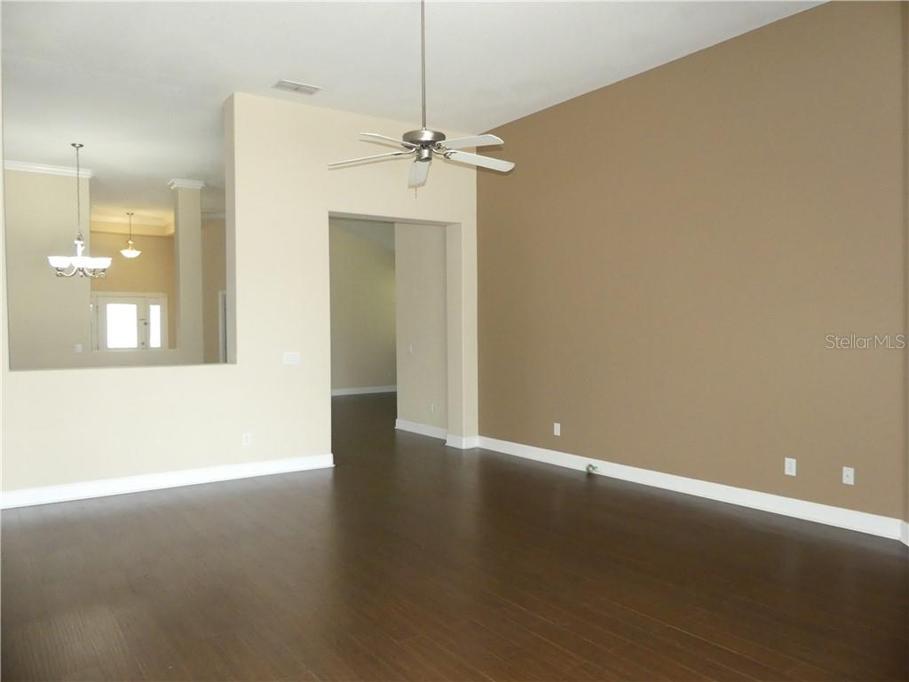 14824 Cableshire Way Property Photo 17