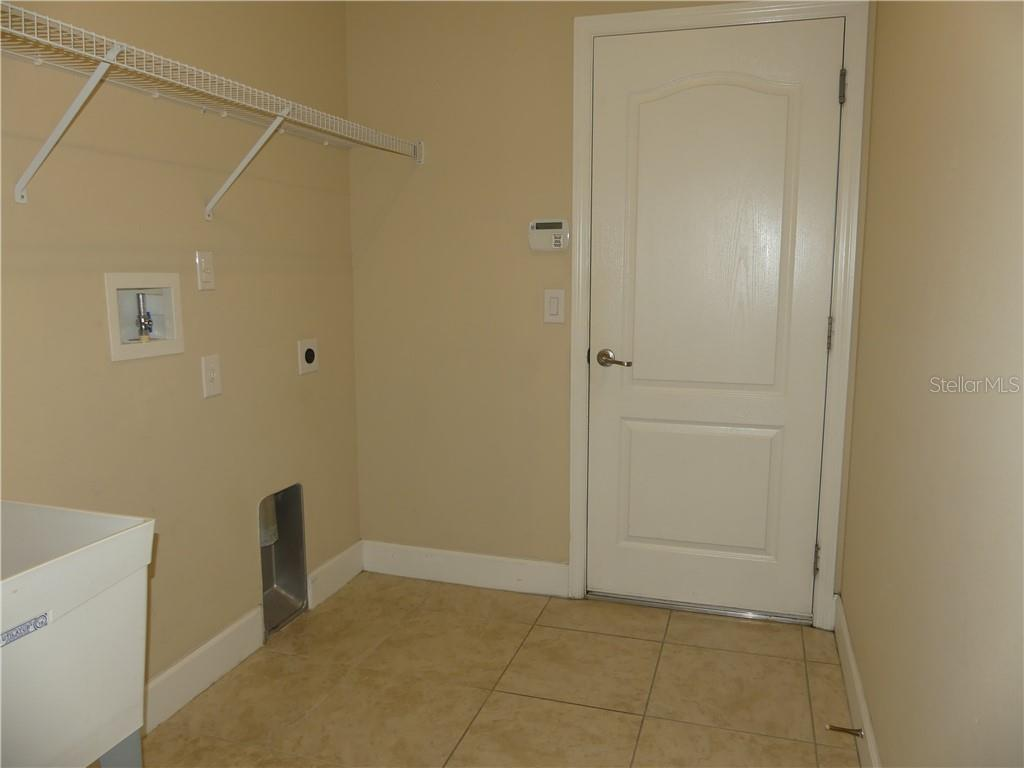 14824 Cableshire Way Property Photo 33