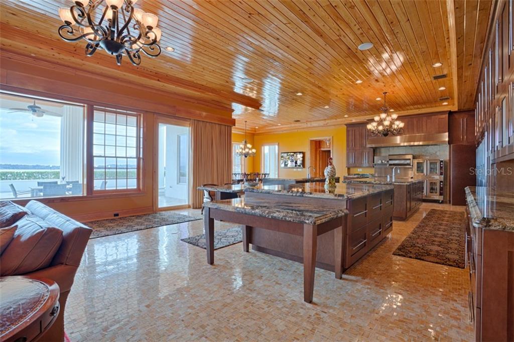 9508 Windy Ridge Rd Property Photo 16