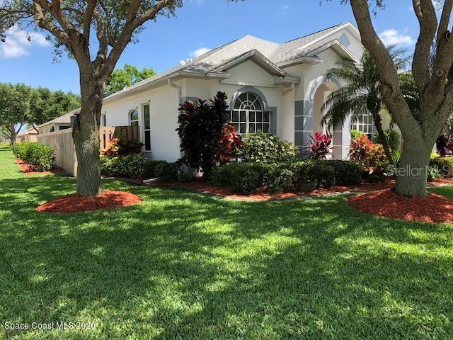 2197 Hedgerow Dr Property Photo