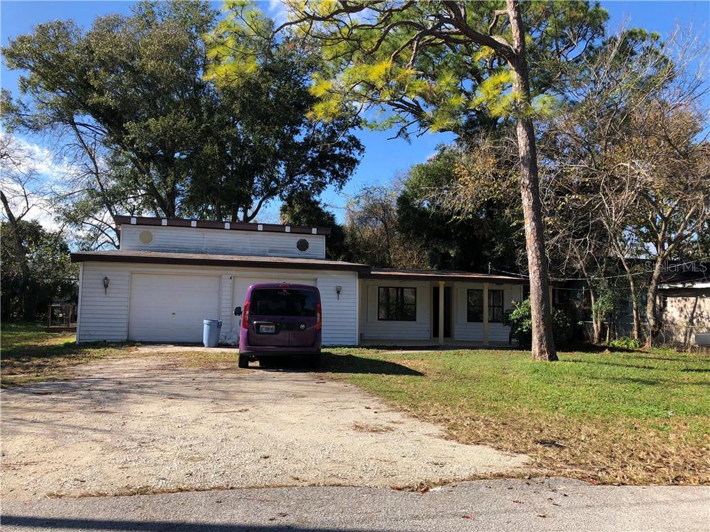 924 Oleander Ave Property Photo