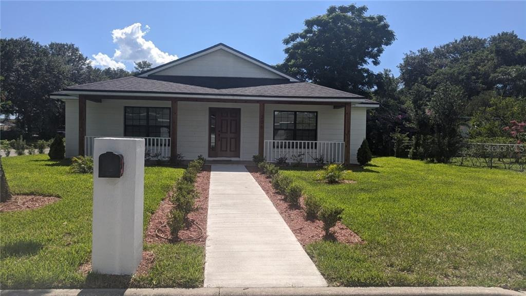 206 GABRIEL ST Property Photo - EATONVILLE, FL real estate listing