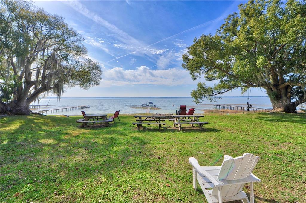 12550 E HIGHWAY 25, OCKLAWAHA, FL 32179 - OCKLAWAHA, FL real estate listing