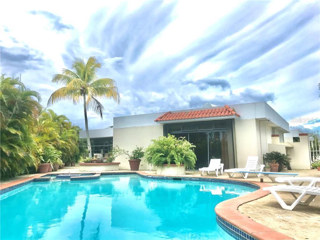 G2 GRANADA Property Photo - CAROLINA, PR real estate listing