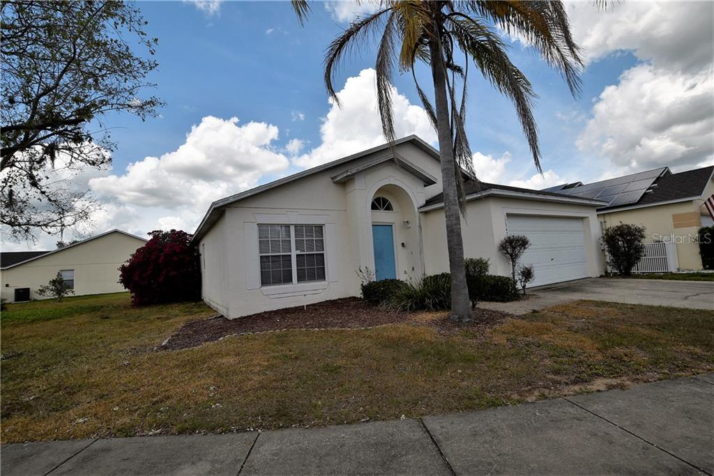 17347 WOODCREST WAY Property Photo - CLERMONT, FL real estate listing