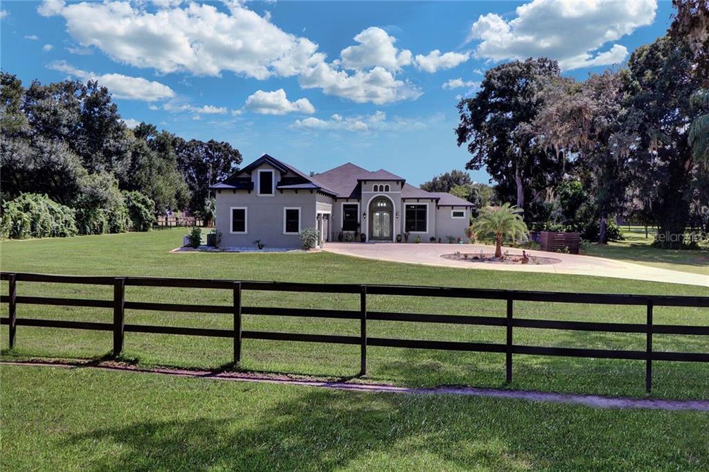 3901 STEARNS RD, VALRICO, FL 33596 - VALRICO, FL real estate listing