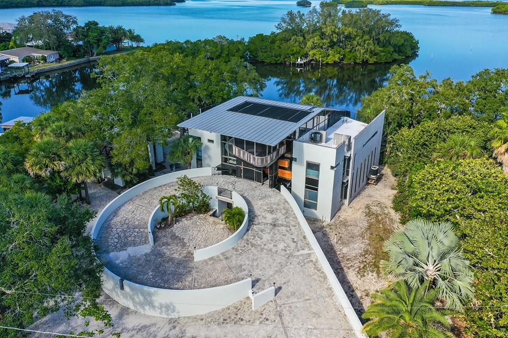 1012 CANAL ST, RUSKIN, FL 33570 - RUSKIN, FL real estate listing