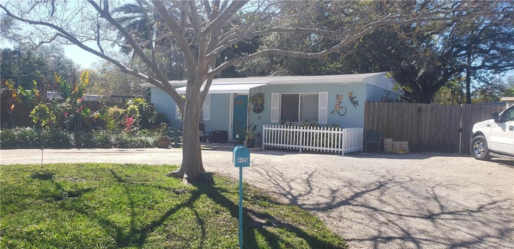 4495 CRESTWOOD DR N Property Photo - ST PETERSBURG, FL real estate listing