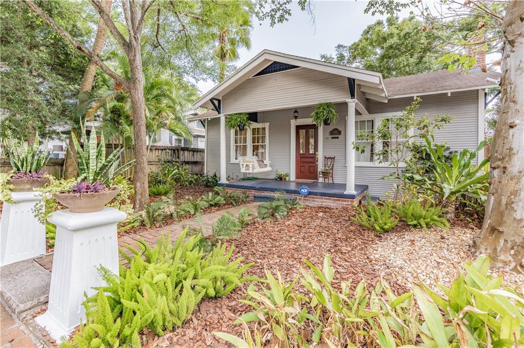 206 W Hilda St Property Photo