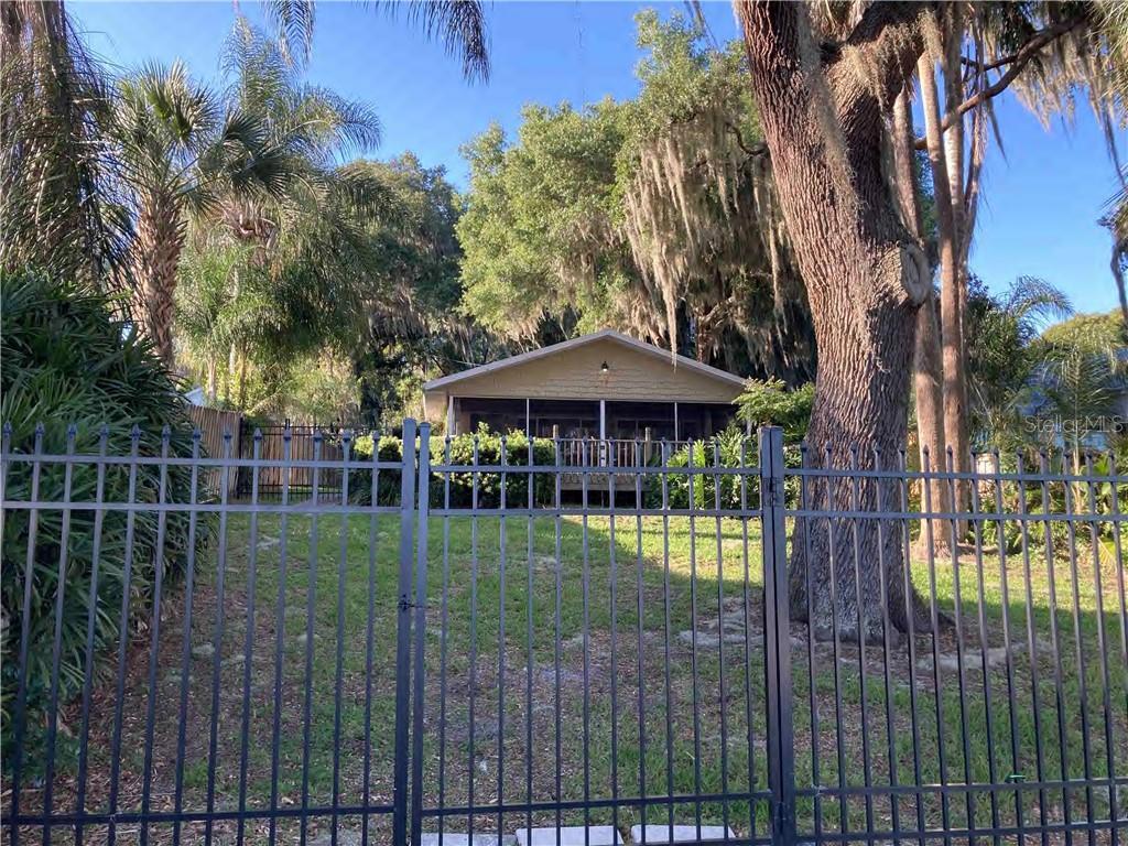 12774 E HIGHWAY 25, OCKLAWAHA, FL 32179 - OCKLAWAHA, FL real estate listing