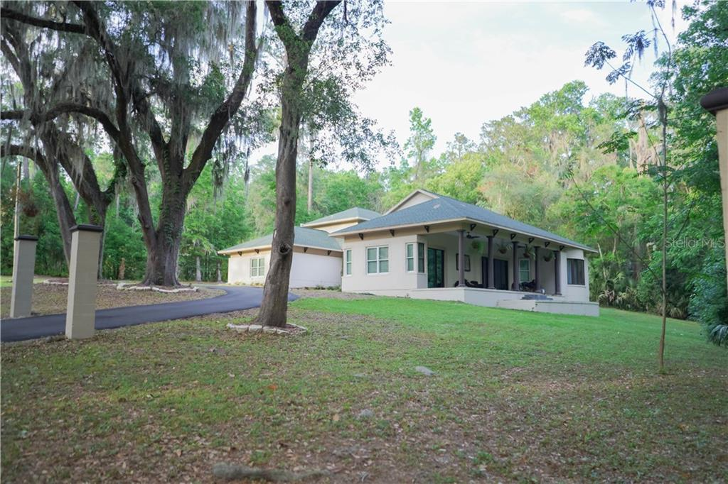 1921 SW 8TH DR Property Photo - GAINESVILLE, FL real estate listing