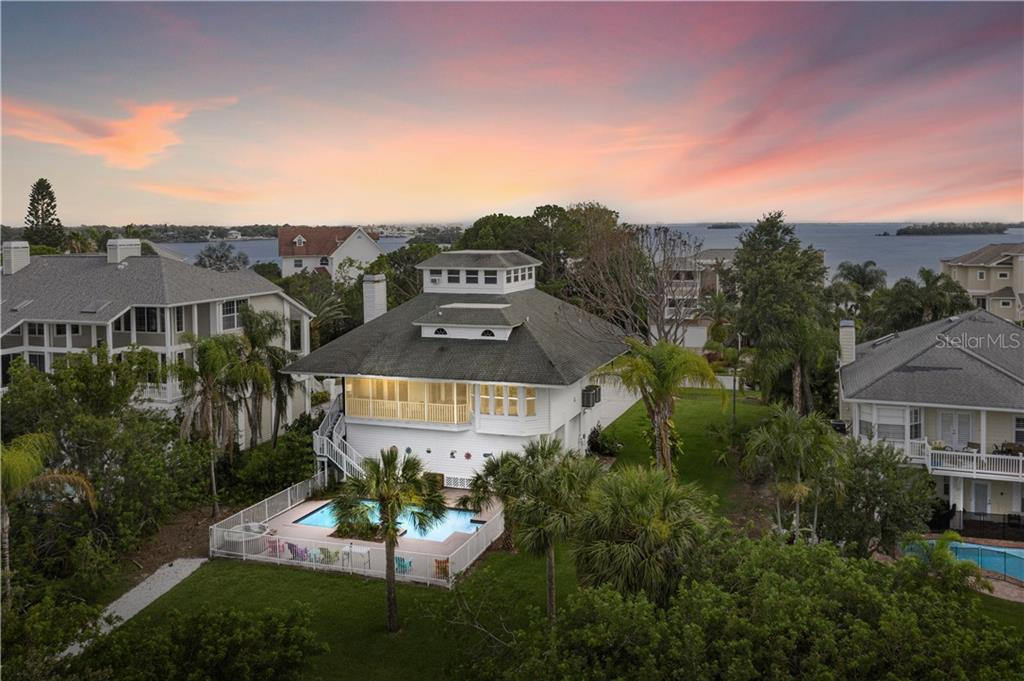 1063 POINT SEASIDE DR Property Photo - CRYSTAL BEACH, FL real estate listing