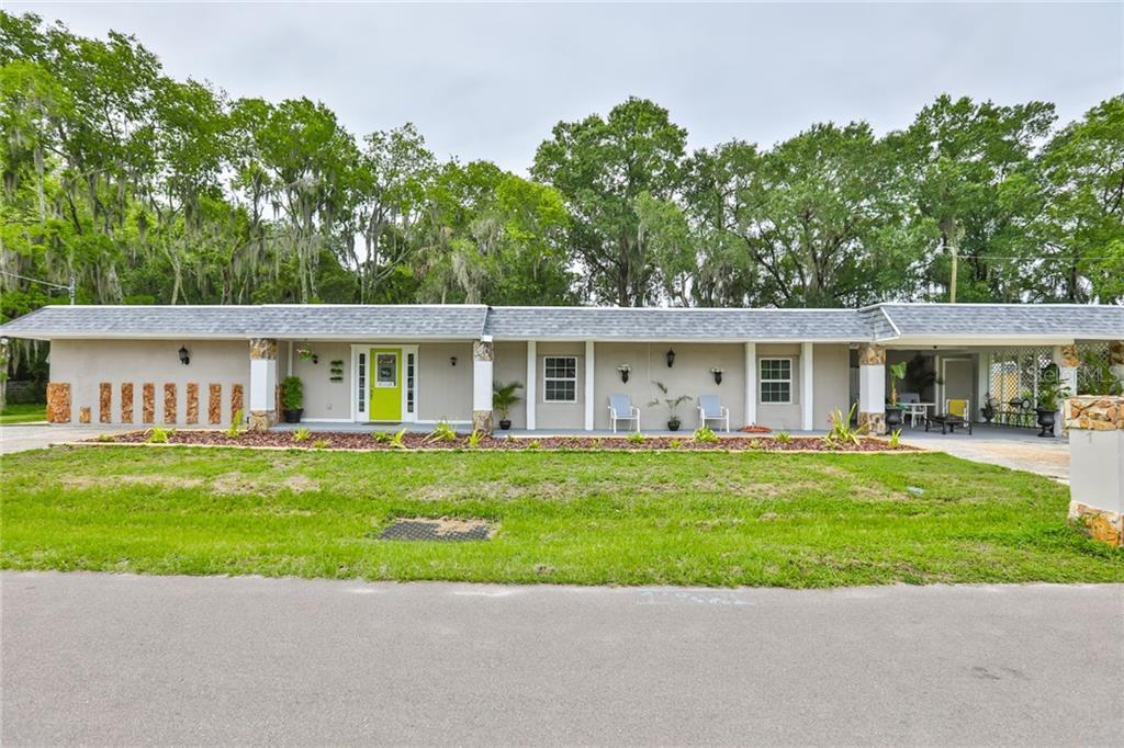 713 E Madison St Property Photo