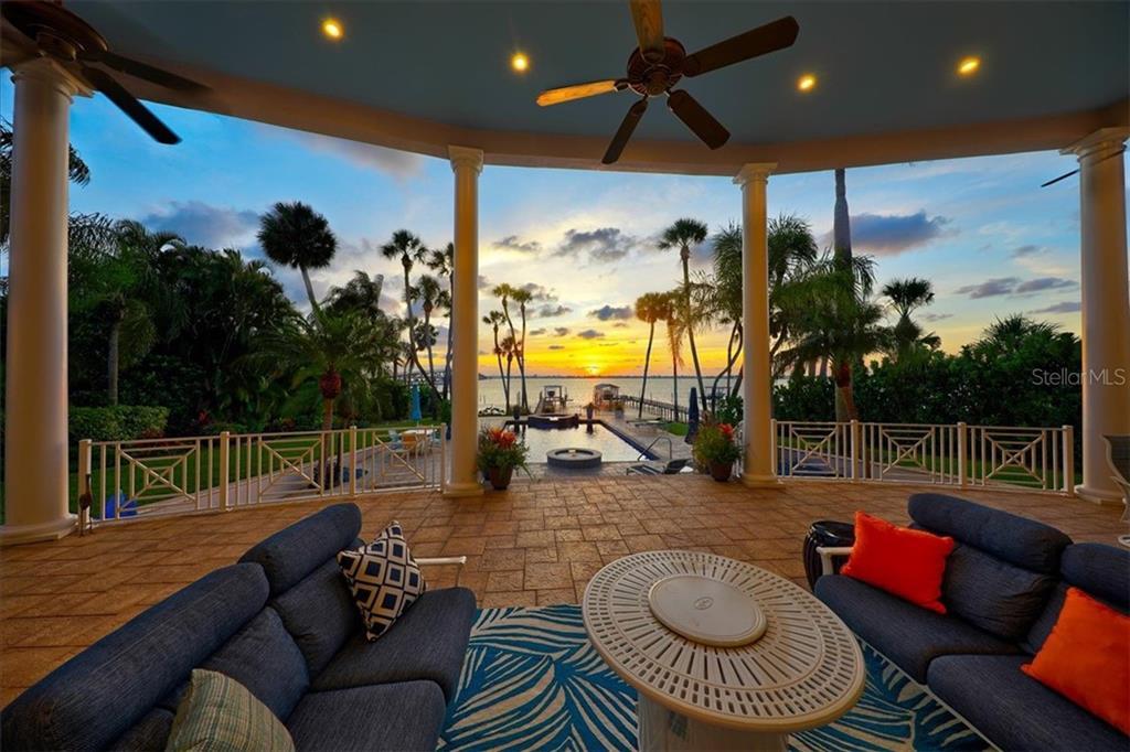 196 BLUFF VIEW DR, BELLEAIR BLUFFS, FL 33770 - BELLEAIR BLUFFS, FL real estate listing