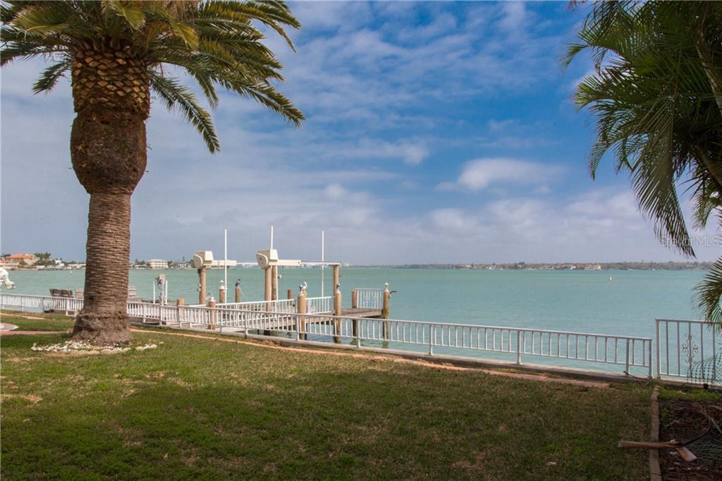 1209 BAY DR, BELLEAIR BEACH, FL 33786 - BELLEAIR BEACH, FL real estate listing